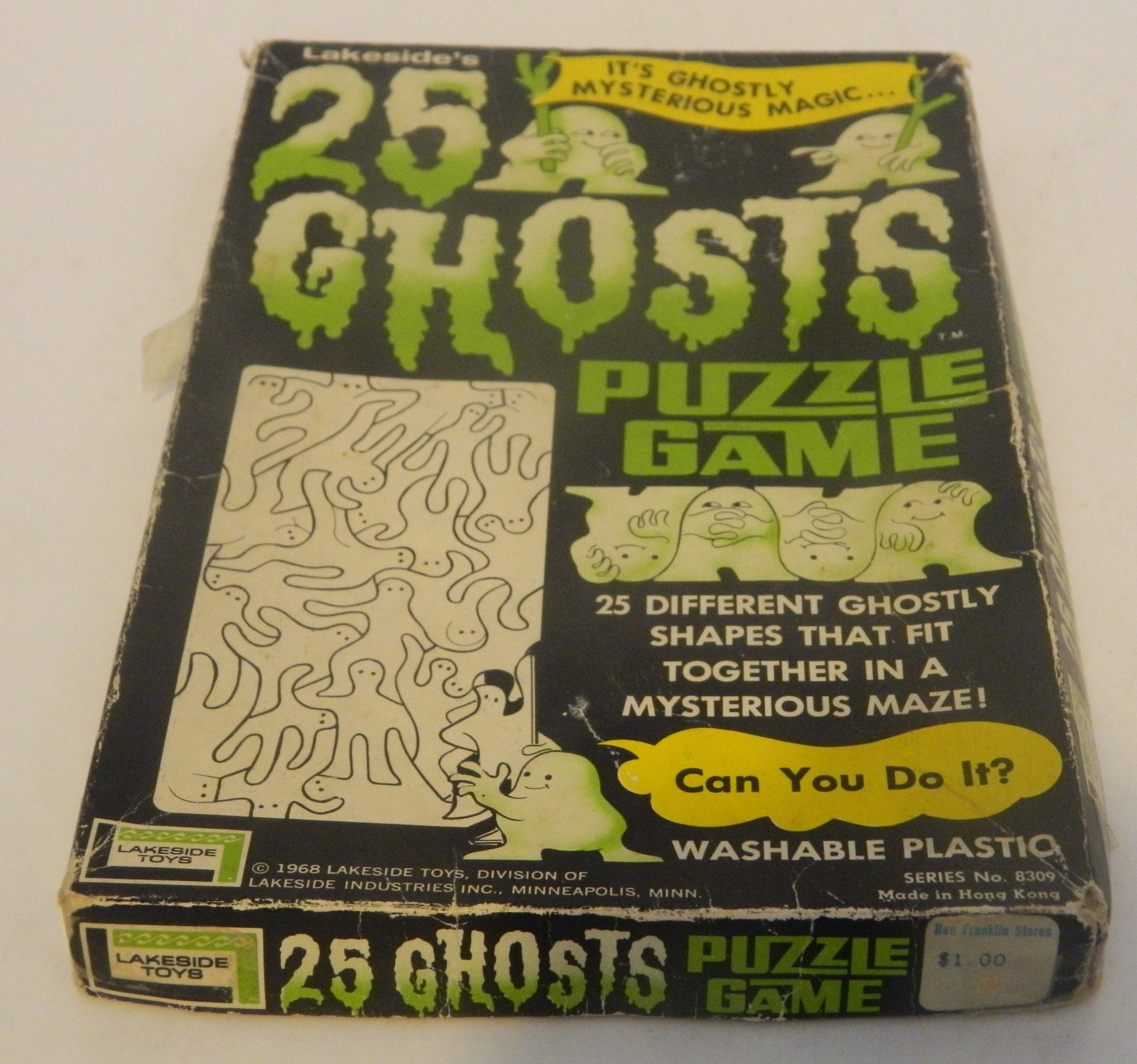 Box for 25 Ghosts Puzzle Game