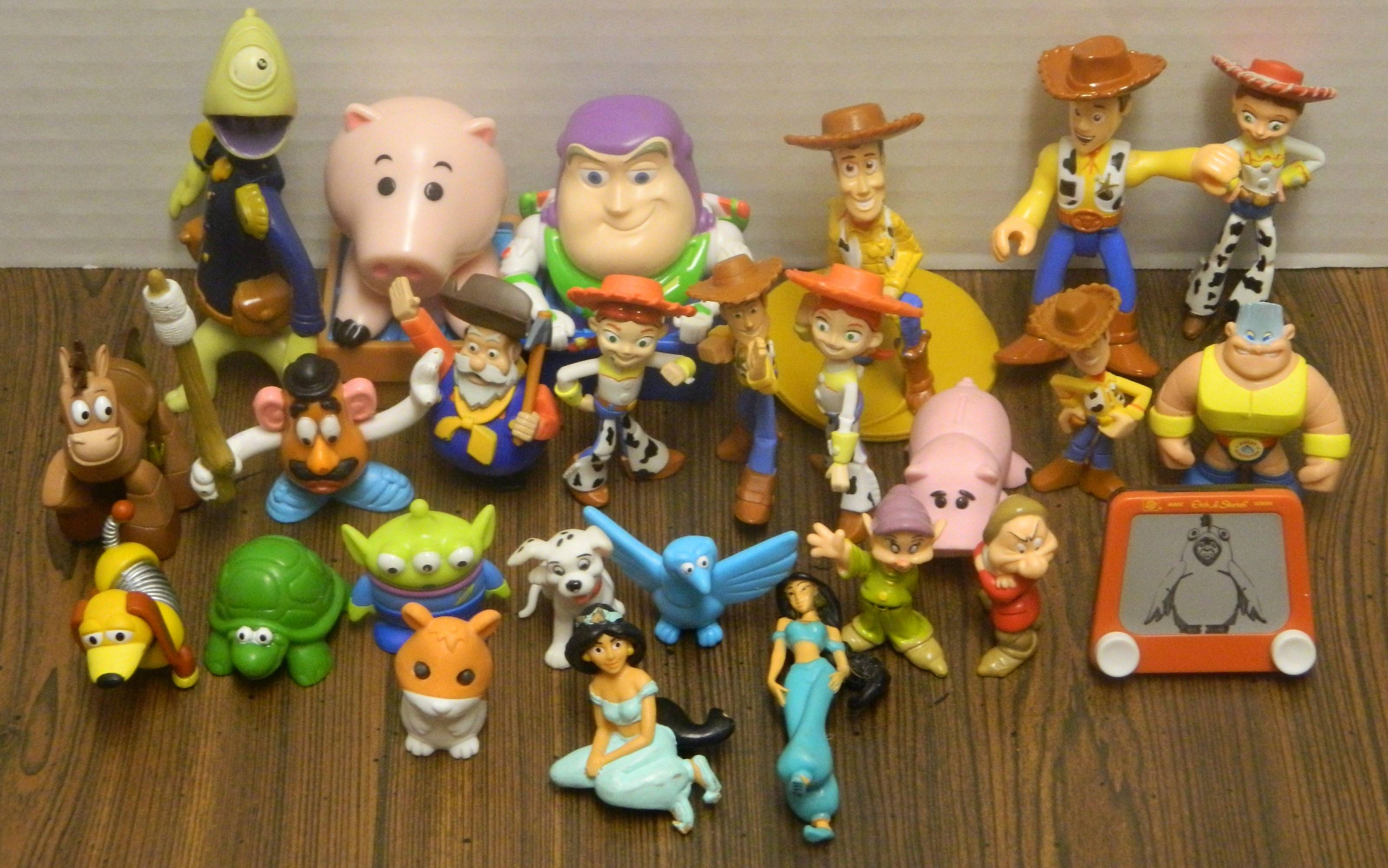 Toys For Disney : It came from a thrift store june