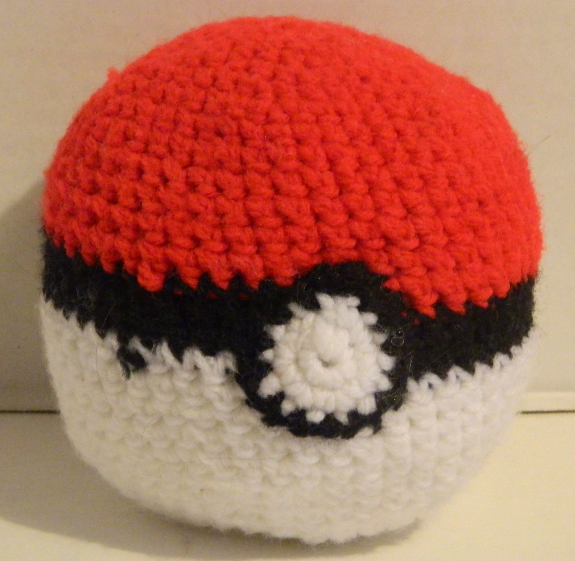 PokeBall Amigurumi Pattern: Geeky Crochet | Geeky Hobbies