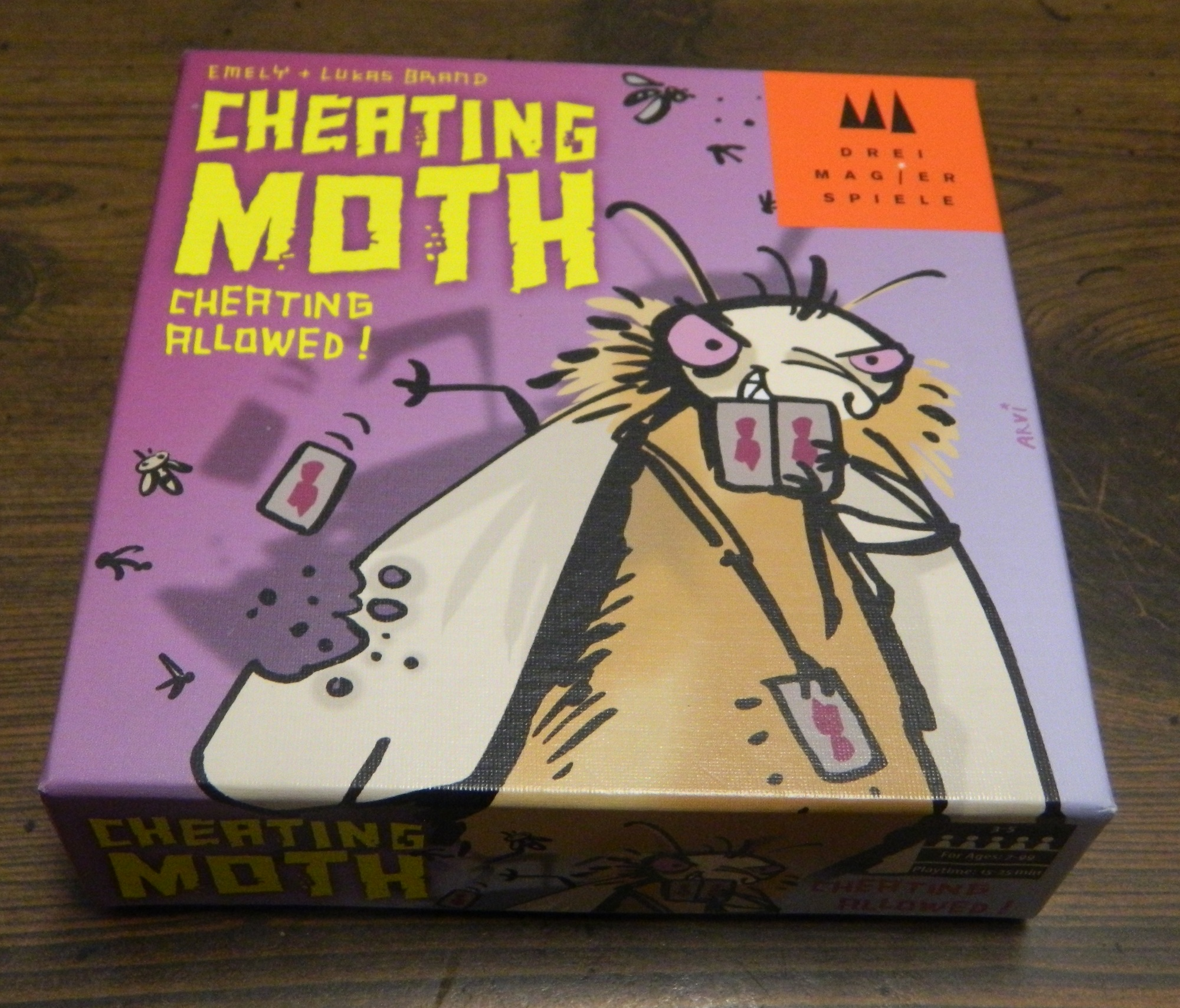 Box for Cheating Moth