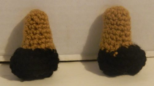 Crocheted Legs for Spelunky