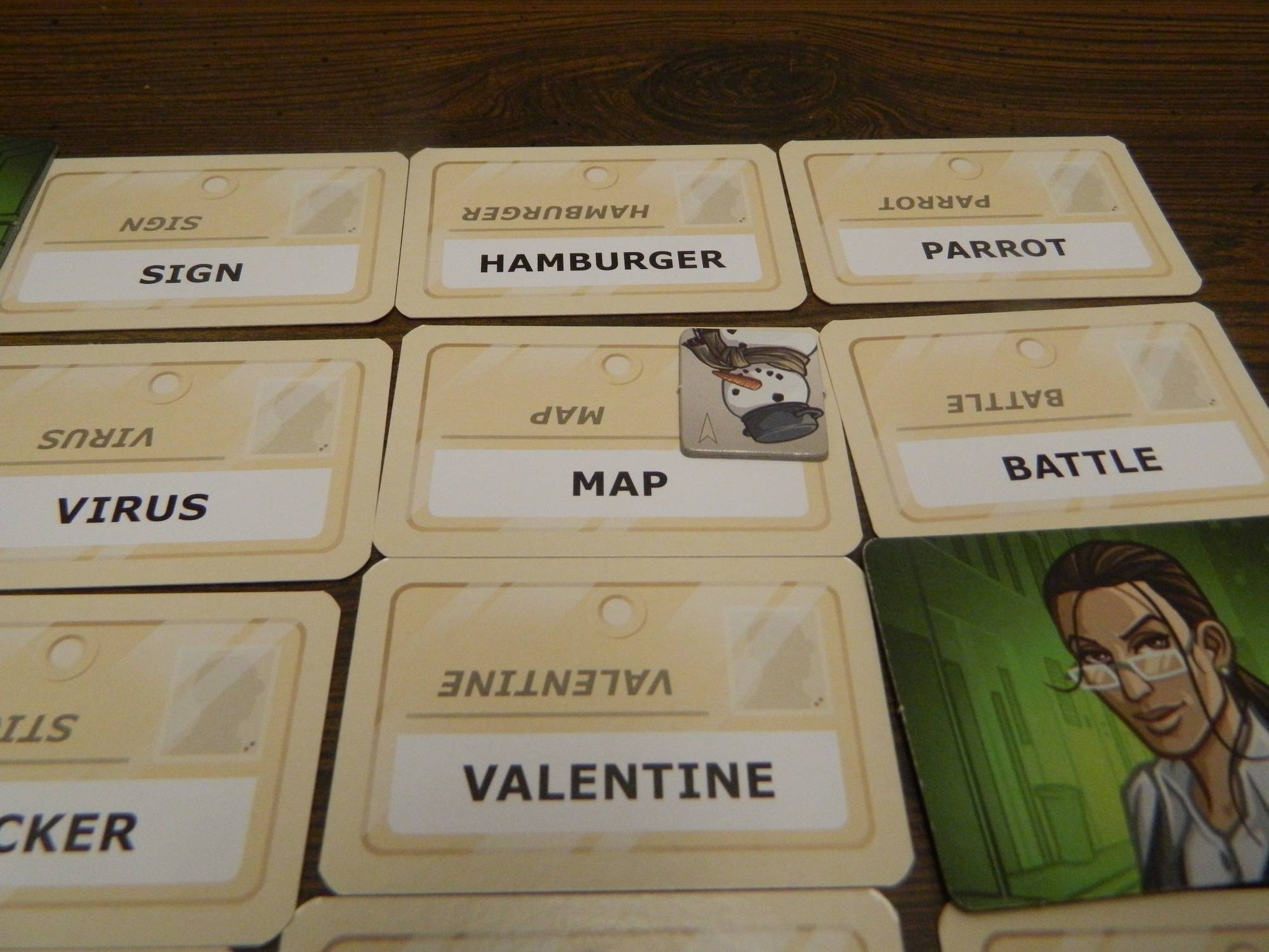 how to play codenames duet