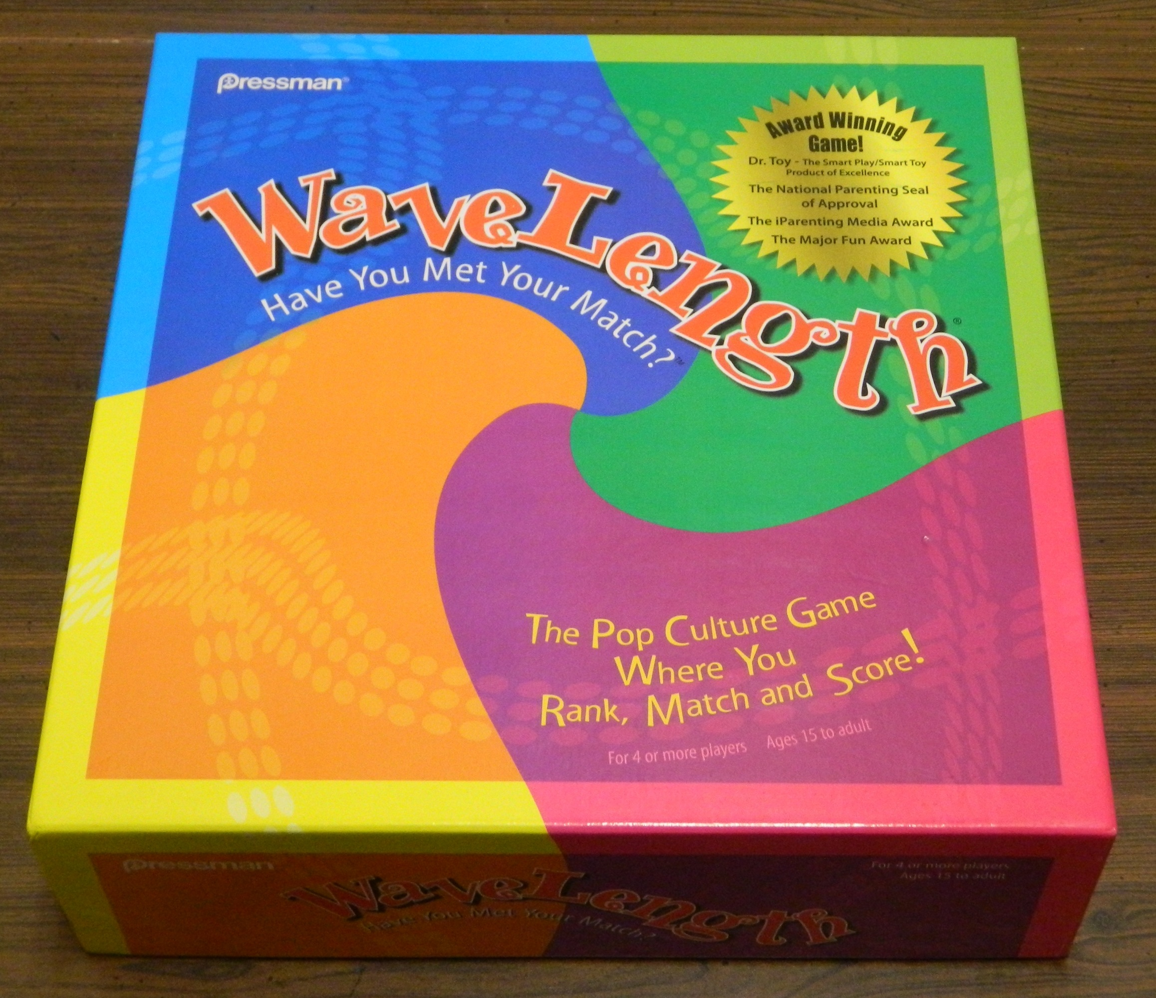 WaveLength Board Game Box