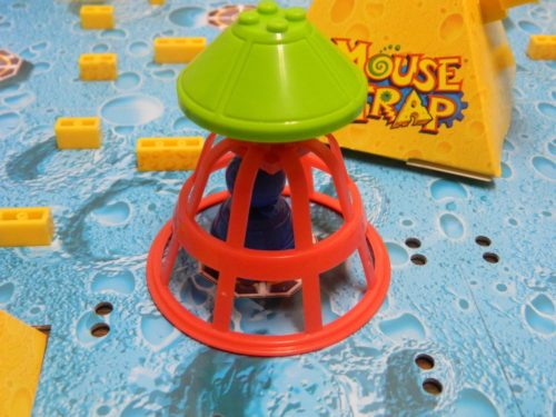 Trap in U-Build Mouse Trap