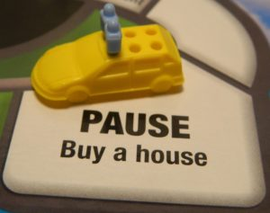 Pause Buy A House Space in Game of Life: Extreme Reality