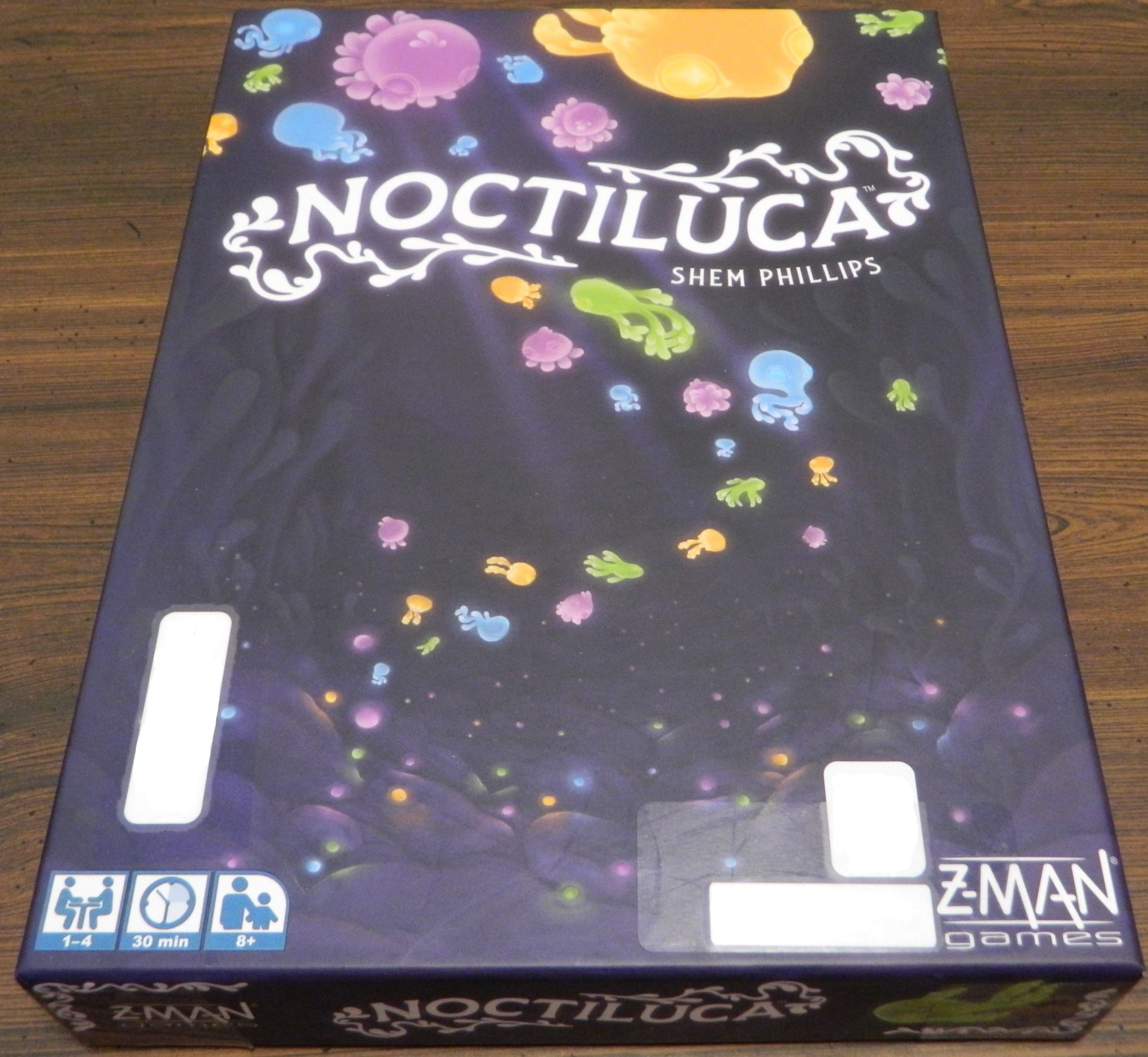 Box for Noctiluca