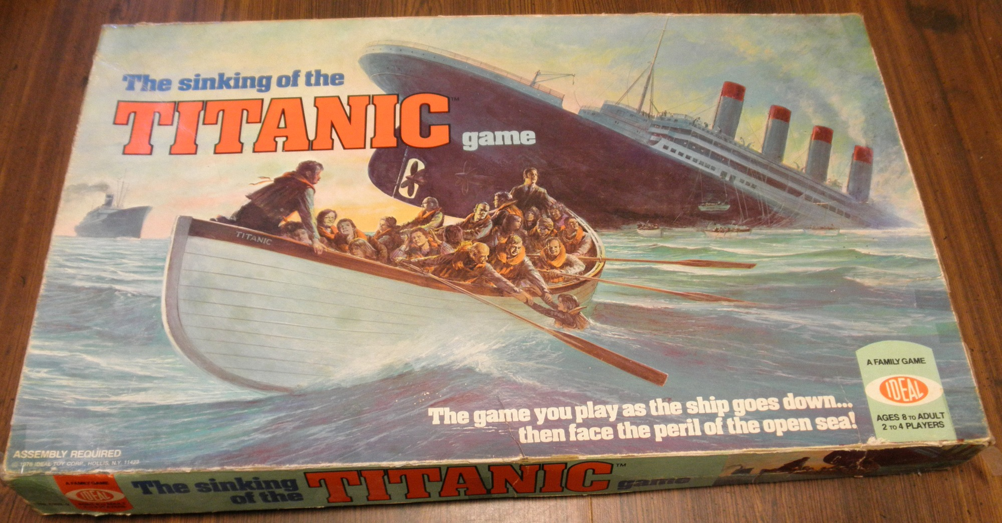Sinking of the Titanic Box