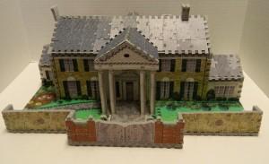 Front of Graceland Puzz 3D puzzle