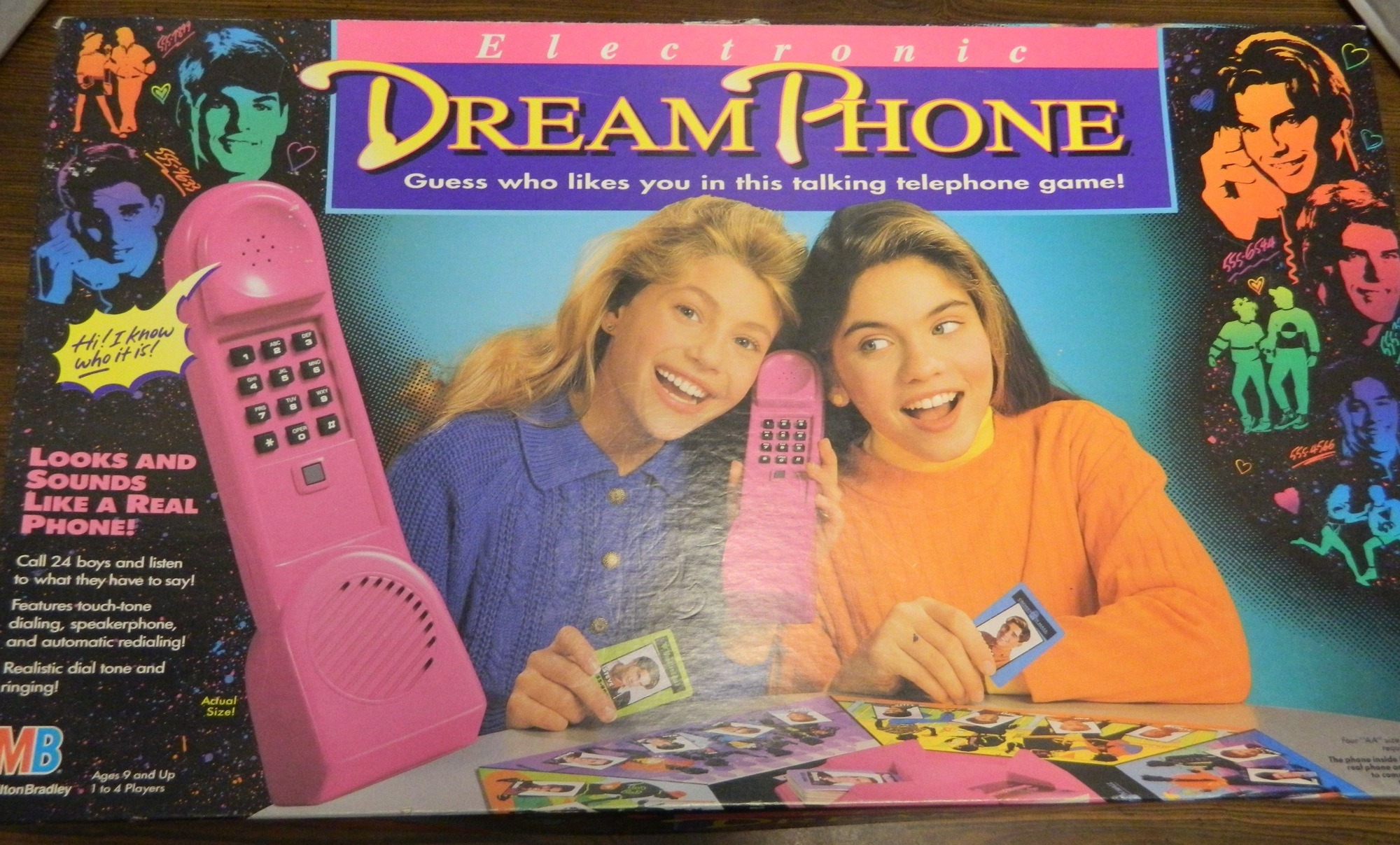 Box for Dream Phone