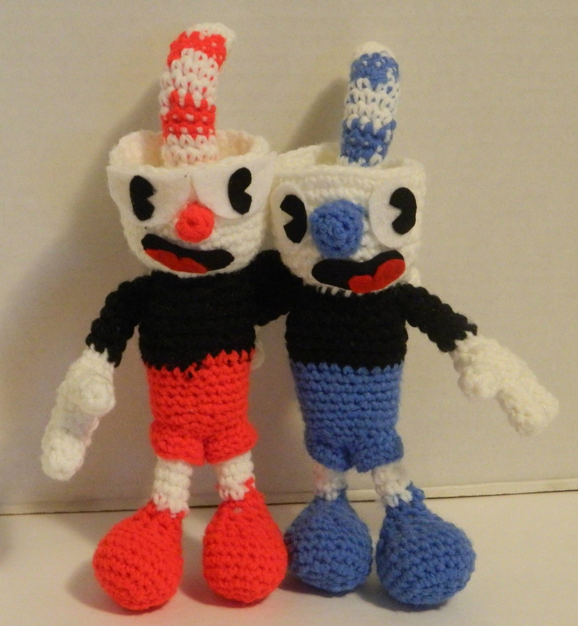Cuphead and Mugman Amigurumi