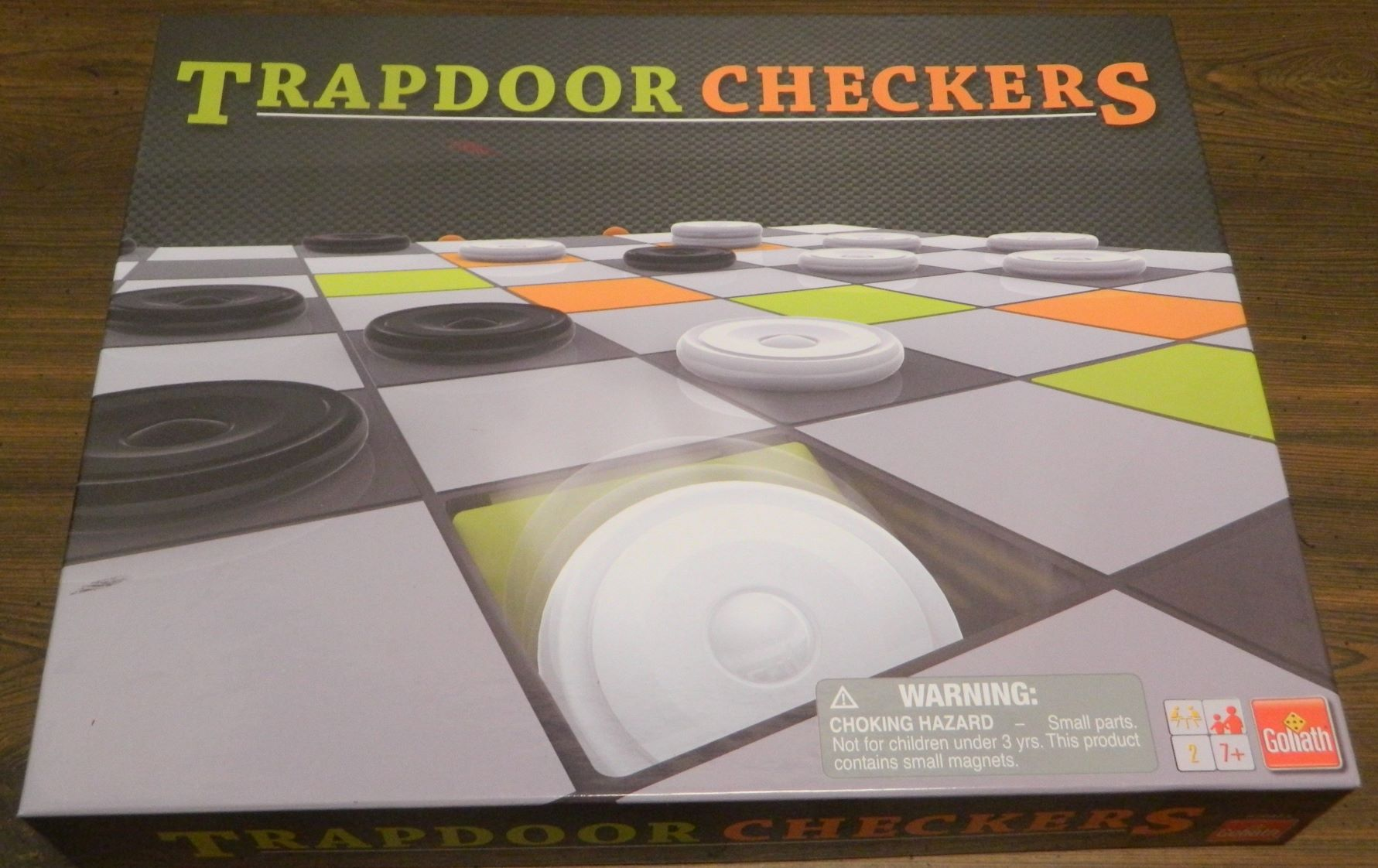 Box for Trapdoor Checkers